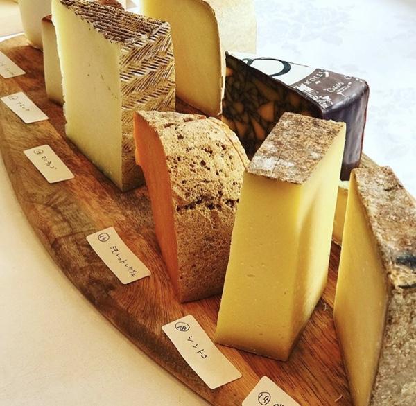 名古屋市天白区のブラッセリー ブルゴーニュは厳選ワイン&チーズが最高!